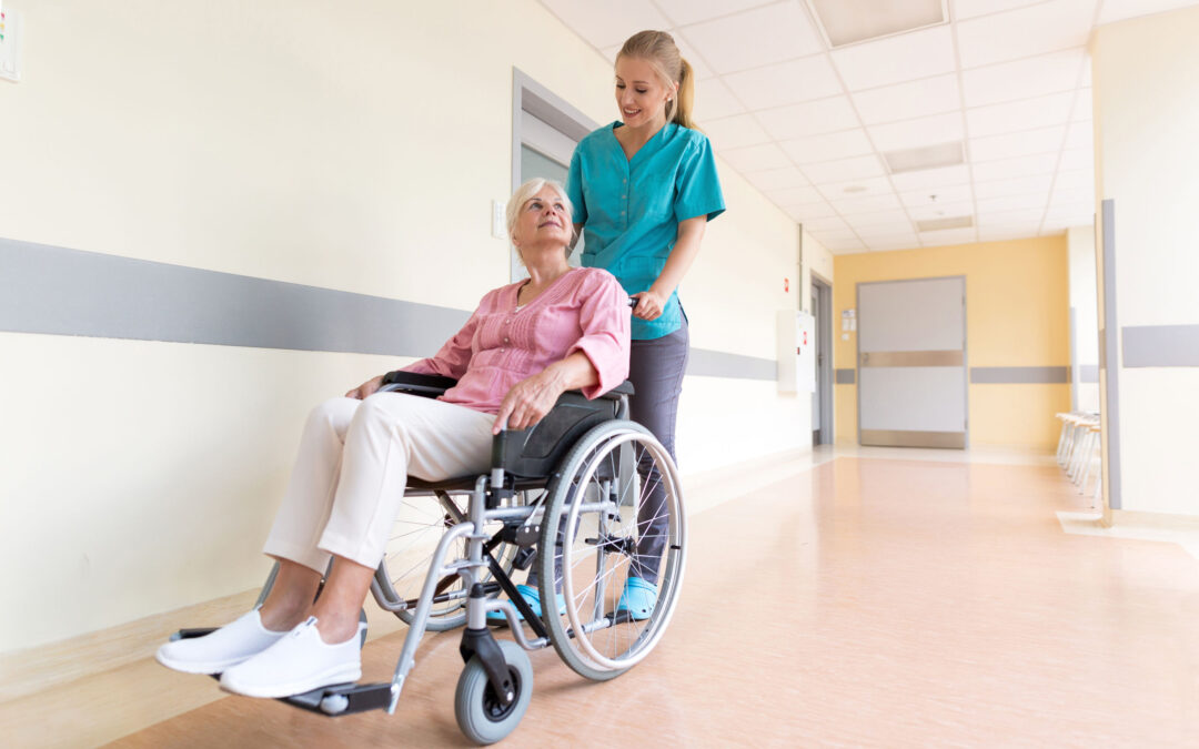 How to Decide Between Independent and Assisted Living